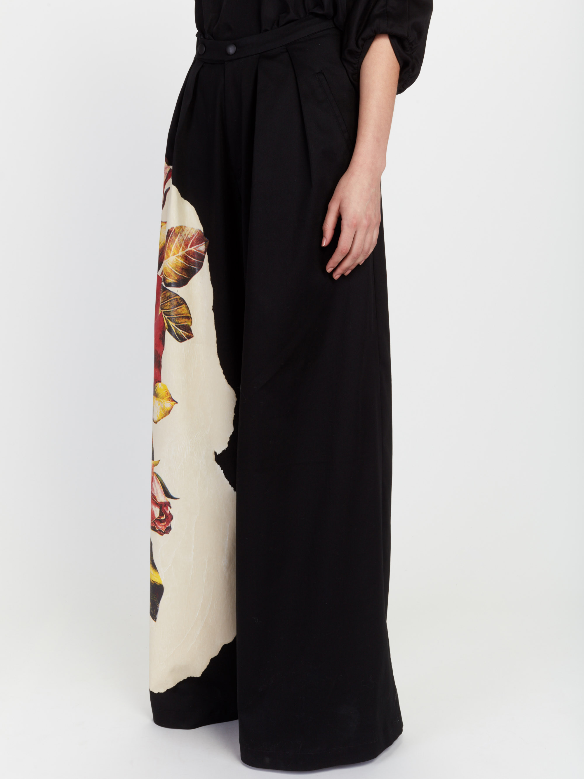 jt_invisible-printed-pant_30-26-2018__picture-1753